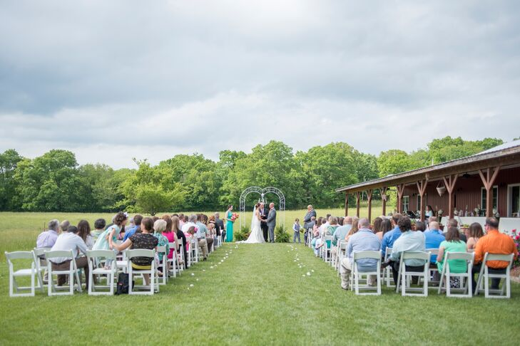 """Byron's niece performed meaningful music at the outdoor ceremony that reflected Andrea and Byron as a couple. Selections included """"The Dance"""" by Garth Brooks, """"I Don't Dance"""" by Lee Brice, """"All of Me"""" by John Legend and """"Chances"""" by Five for Fighting."""