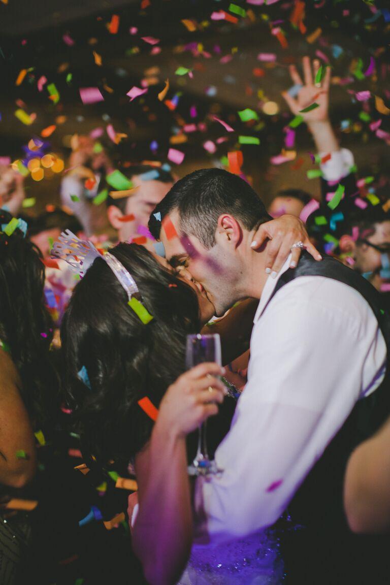 13 New Year S Eve Wedding Photos We Love
