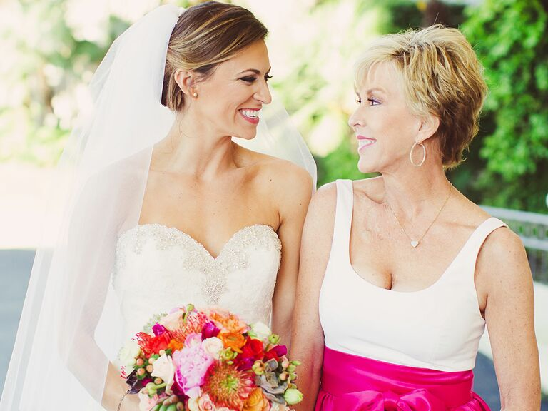 c9aa7f828d4 How to Survive Wedding Dress Shopping With Your Mom