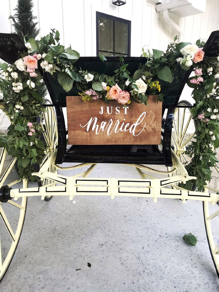 Just married wooden sign for carriage