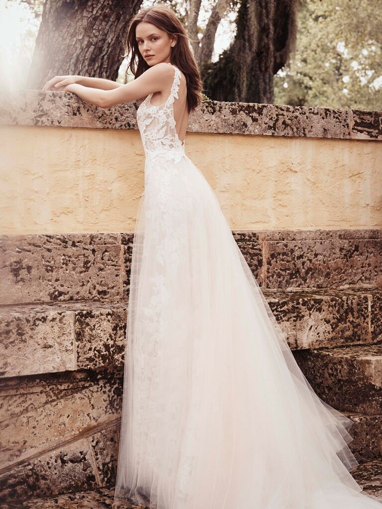 Monique Lhuillier Spring 2020 Bridal Collection lace and tulle wedding dress