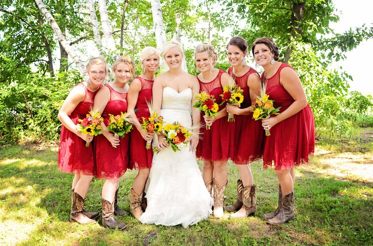 Red Knee-Length Bridesmaid Dresses
