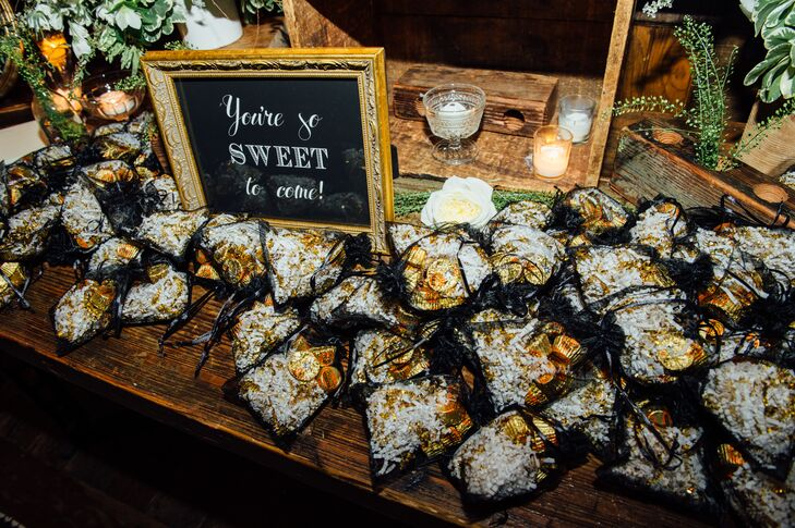 Peanut-Butter-Cup Wedding Favors