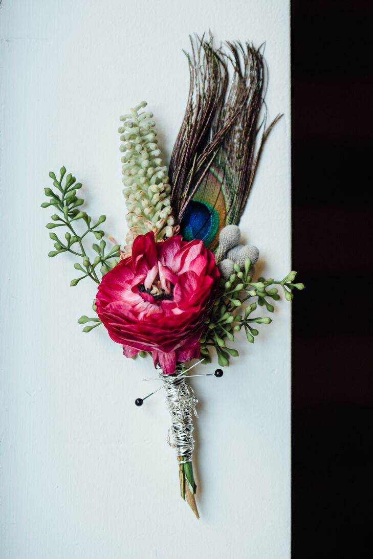 A peacock feather adds a distinctive look to a corsage or a boutonniere.