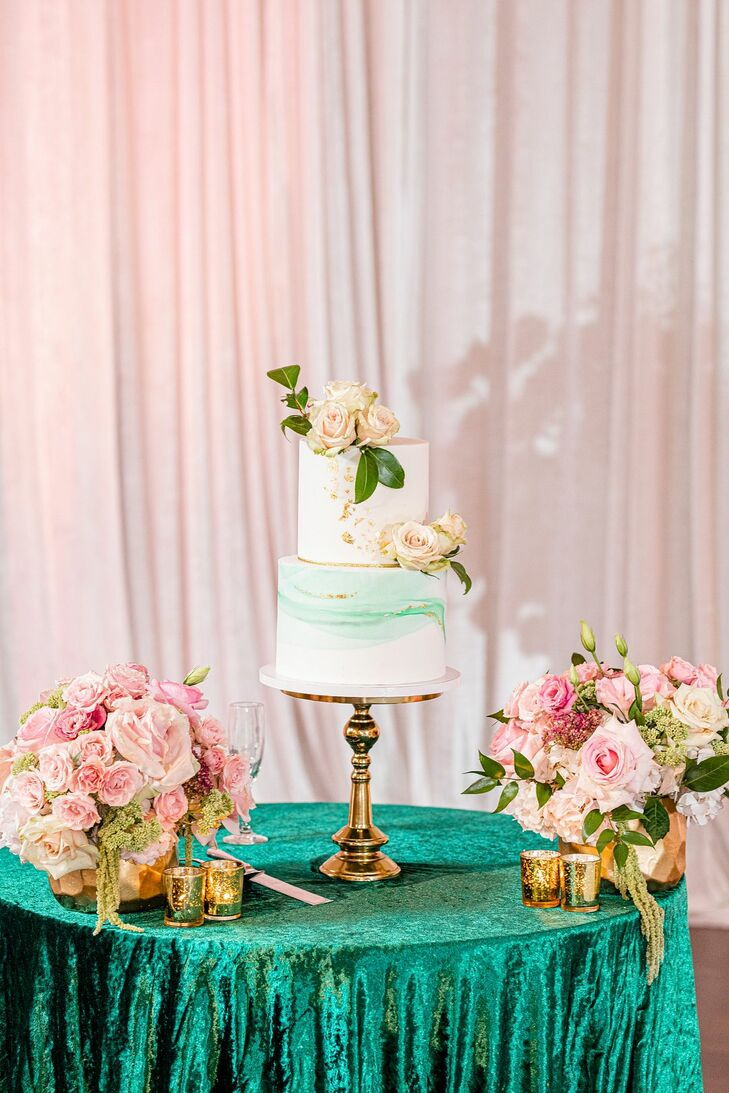 Teal Wedding Cake at The River View at Occoquan in Lorton, Virginia