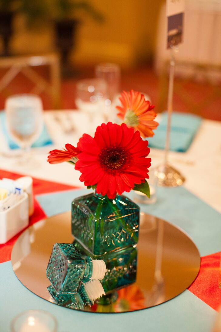 Red Daisy Floral Table Centerpiece