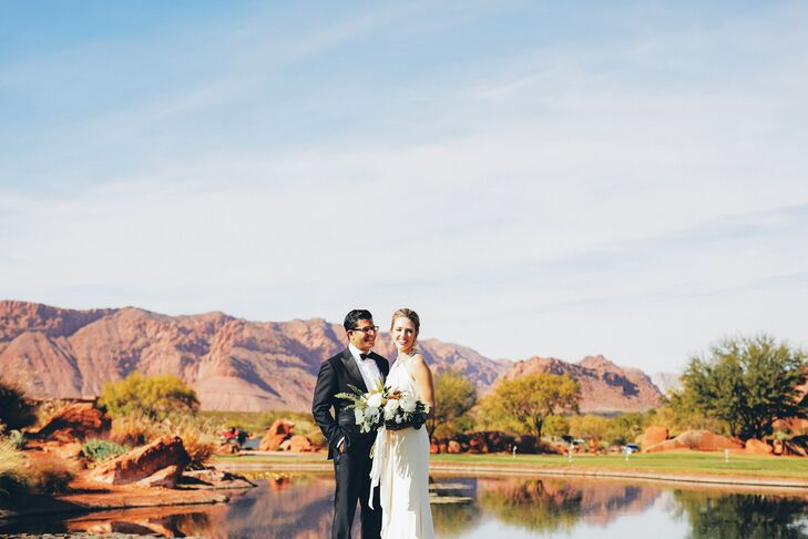 Red rock vistas make the perfect backdrop for a wedding.