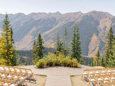 Fall wedding venue in Vail, Colorado.
