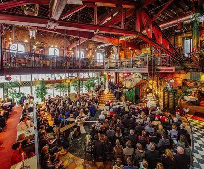 Loring Bar & Restaurant