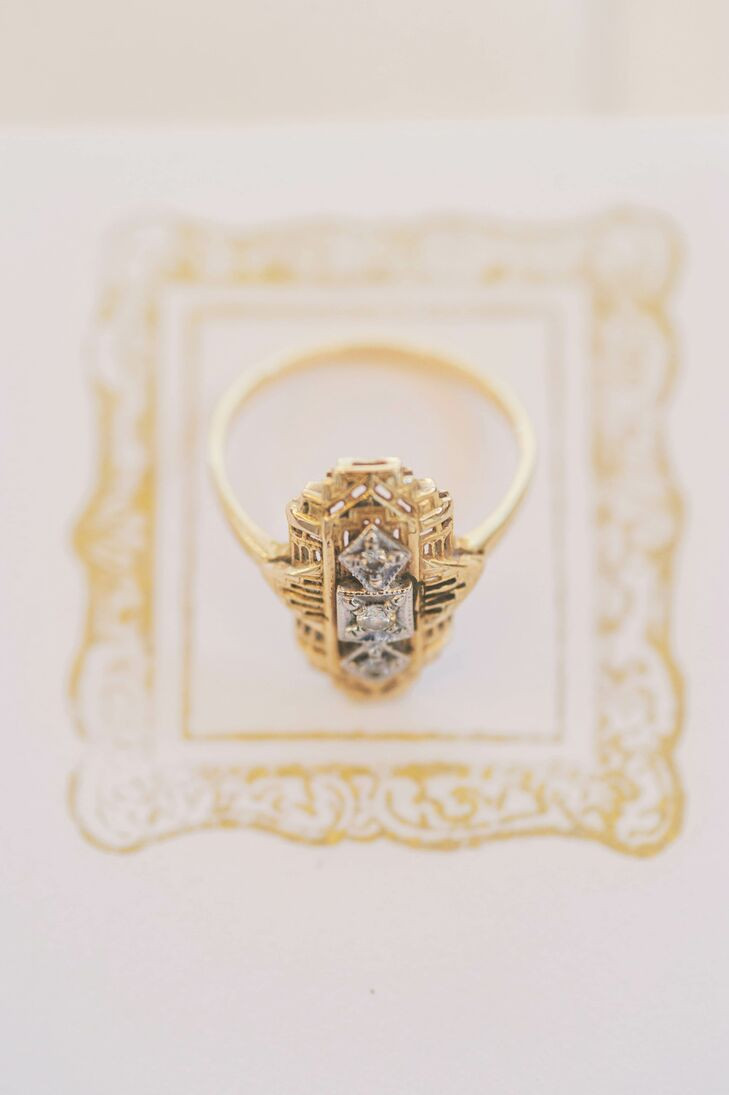 Geometric Gold Art Decor Wedding Ring