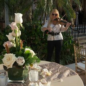Miami Beach, FL Classical Violinist |  MUSIK FOR YOU MODERN AND CLASSICAL VIOLINIST