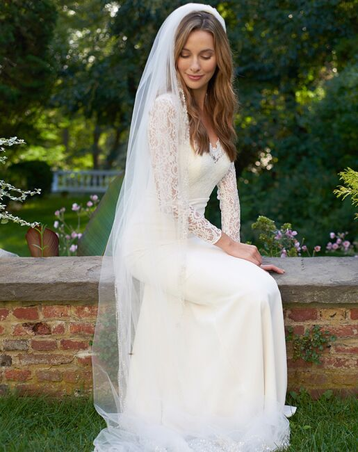 Dareth Colburn Extravagance Beaded Cathedral Veil (VB-5035) Ivory Veil