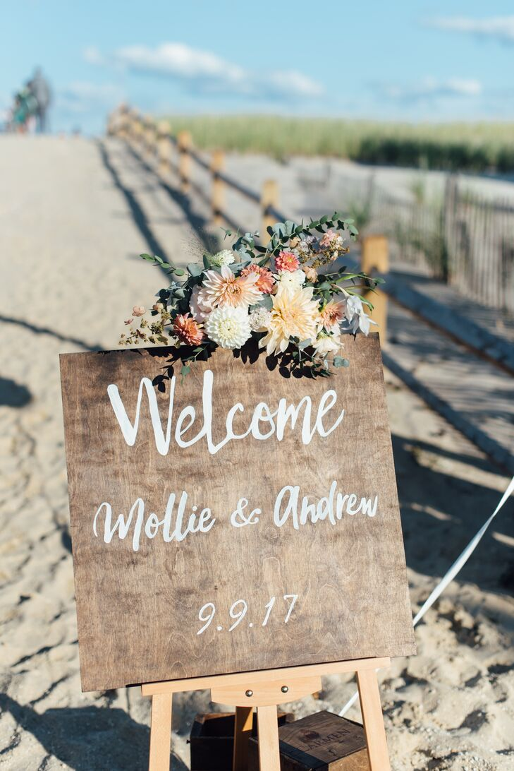 Wood Welcome Sign with White Calligraphy for Beach Wedding