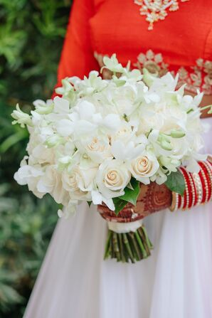 Romantic White and Ivory Bouquet