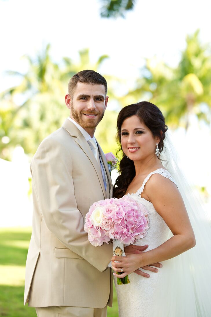 Olga Valle and Ethan Clarke first met when Ethan moved next door Olga in 2011. They were engaged in Paris and to had an intimate wedding in Key West,