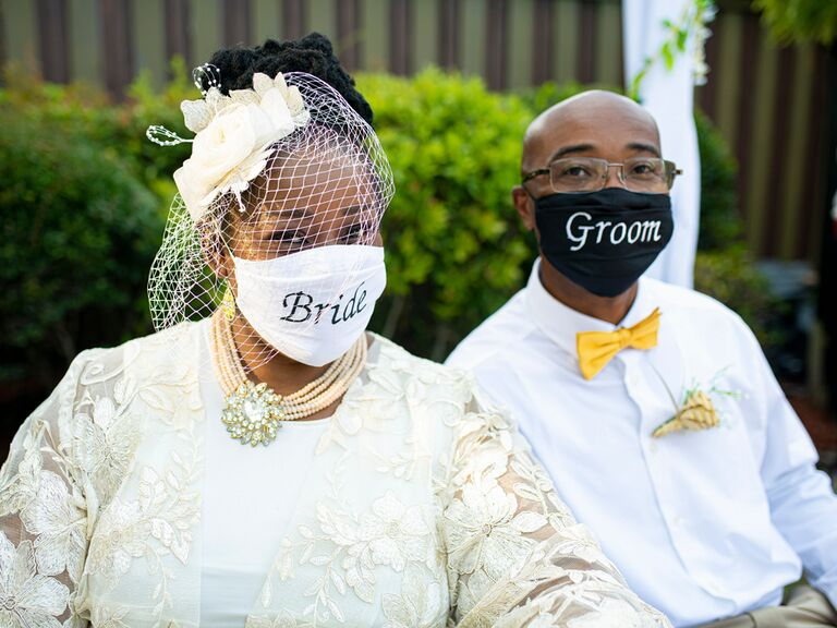 24 Wedding Masks Face Coverings That Will Look Good In Photos