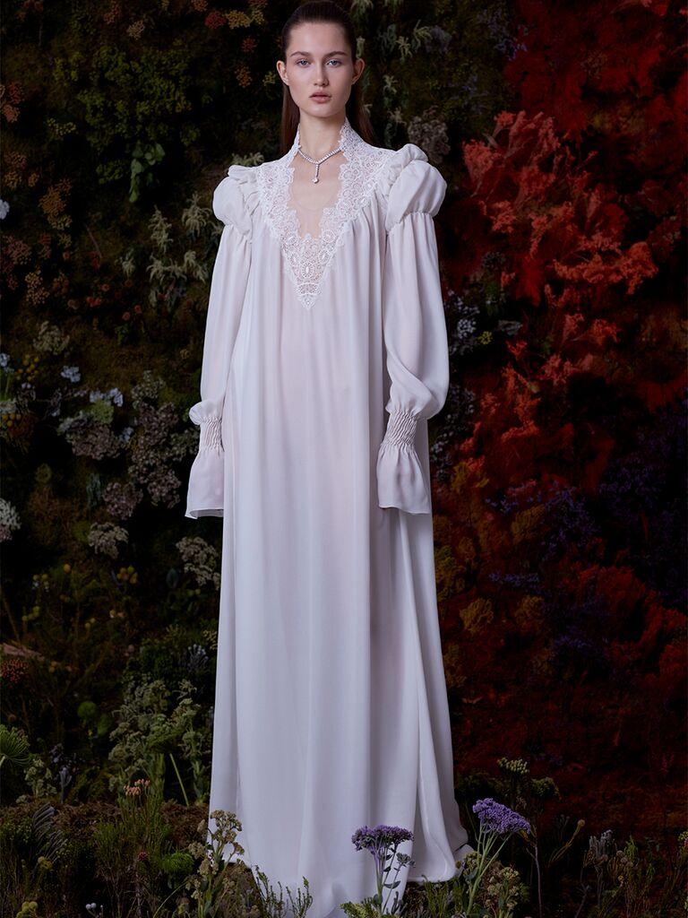 EDEM dress with V-neckline and long sleeves