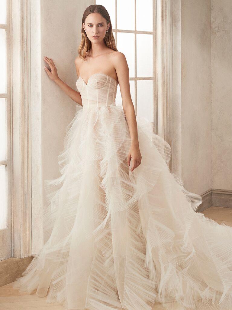 oscar de la renta strapless gown tulle