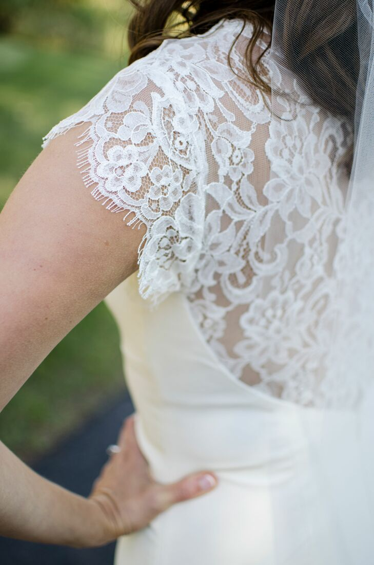 Delicate Lacy Back Wedding Dress