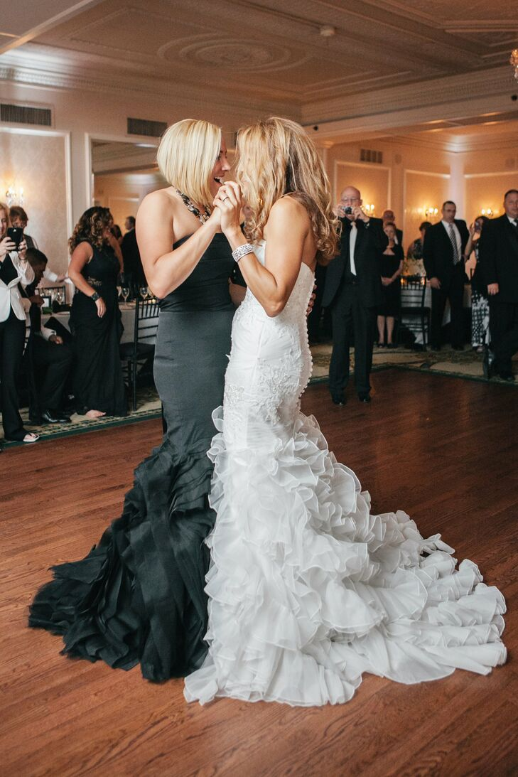 Ashley and Gabby had their first dance to No Greater Love in the style of Amy Winehouse.