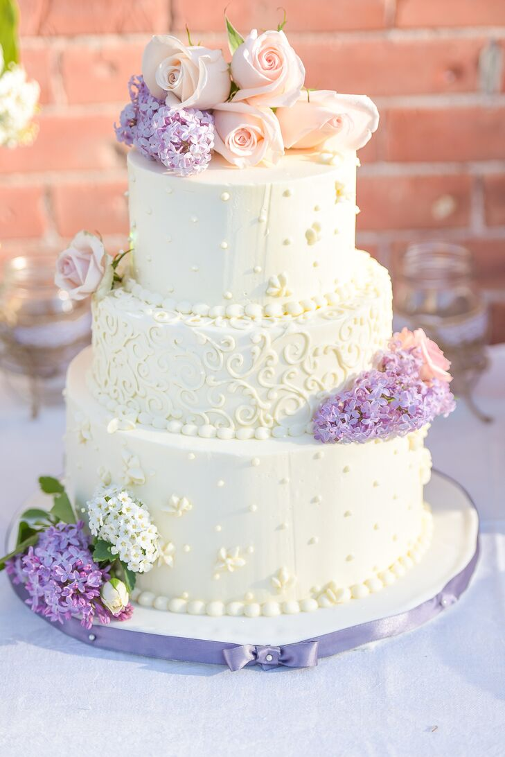 Classic White Wedding Cake With Fresh Lilac
