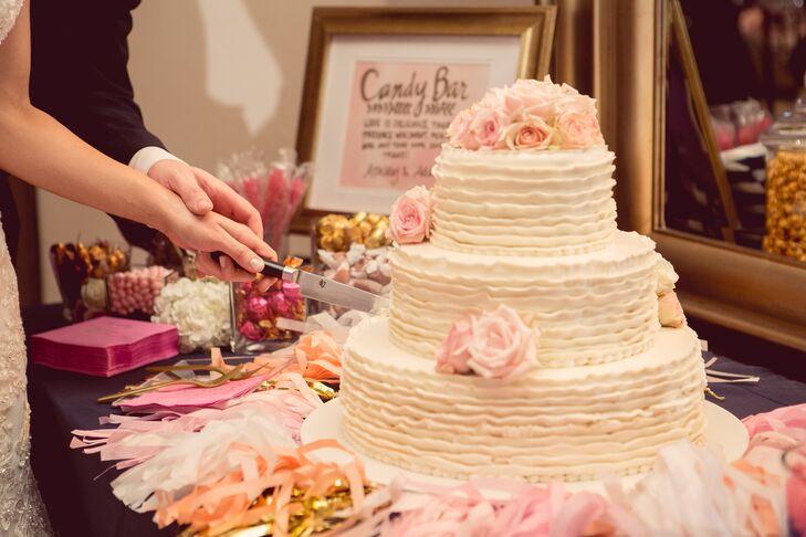 Ice Cream Wedding Cake.Ivory Wedding Cake With Pink Roses