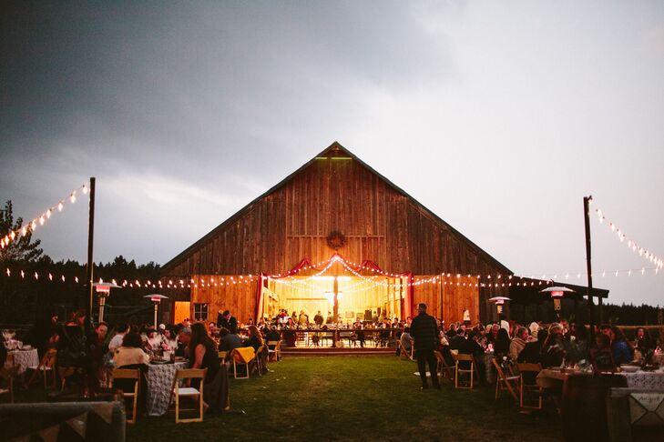 Paulina and Anthony's reception was held in a 1907 barn at Long Hollow Ranch in Sisters, Oregon.
