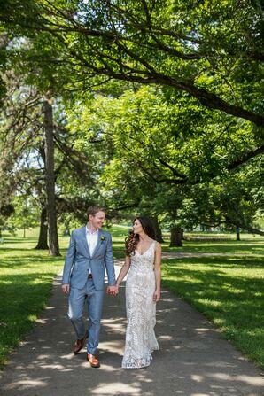 Romantic Couple at Schiller Park in Columbus, Ohio