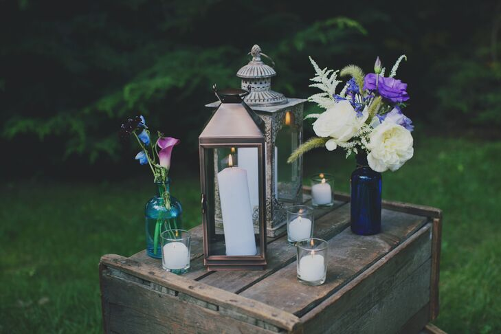 Candlelight Lounge Area Decor