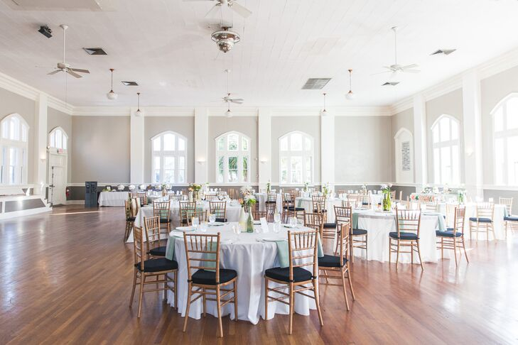 Jessica and Josh were inspired by Forsyth Park's natural beauty and hoped to enhance the romantic feel with a vintage garden theme.