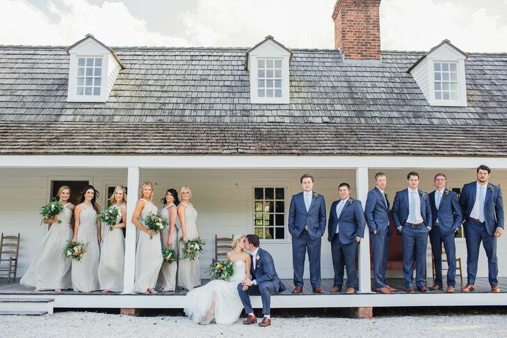 Bridal Party Pose,Bride Plus Size Black Wedding Dresses