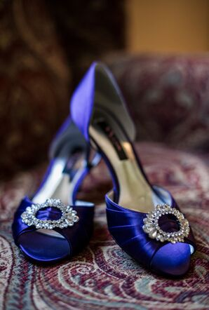 Silk Purple Shoes With Crystal Brooches