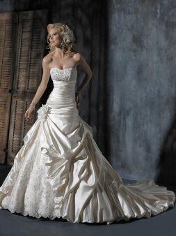 Lola's Bridal Boutique