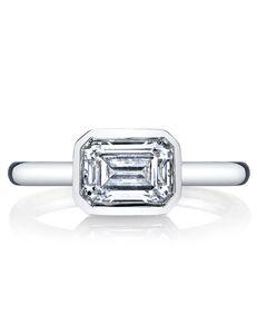 MARS Fine Jewelry Unique Emerald Cut Engagement Ring
