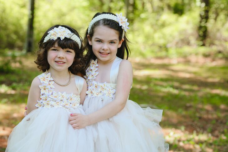 White Flower Girl Dresses With Tulle Skirt