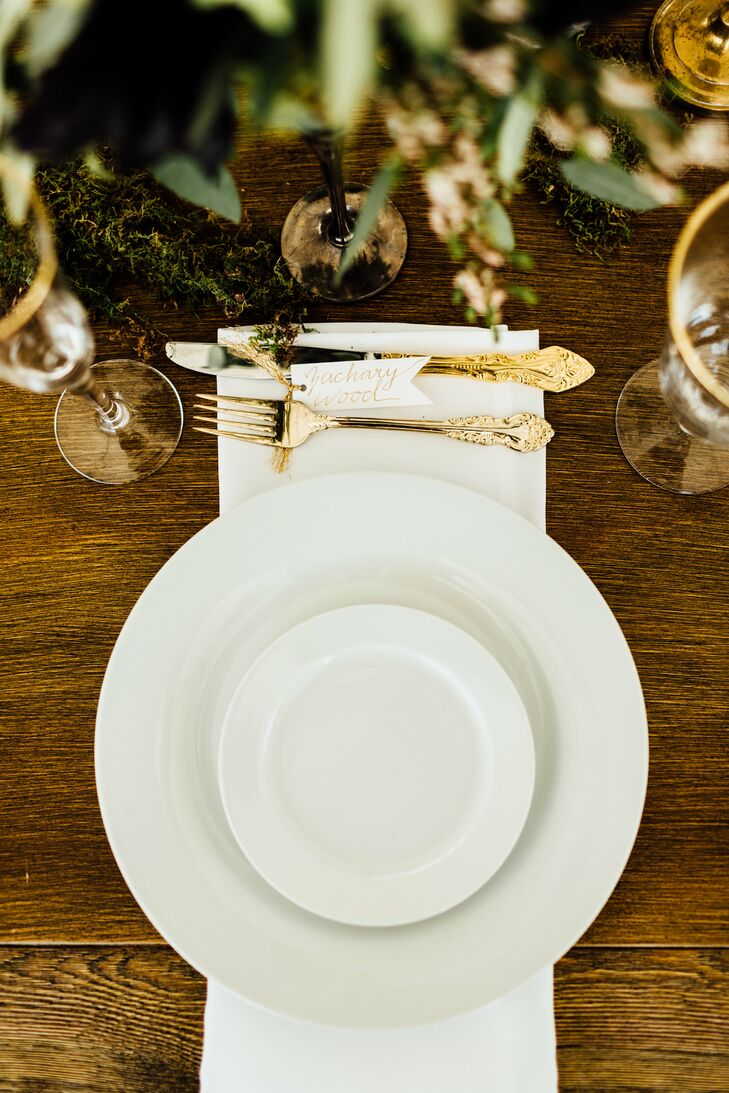 Minimal Place Setting with Gold Flatware