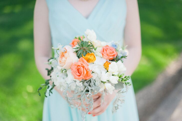 Spring-Inspired Peach Rose Bouquet