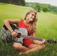 Chattanooga, TN Singer Guitarist | Courtney Holder