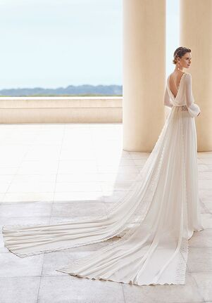Rosa Clara Couture Salac Sheath Wedding Dress