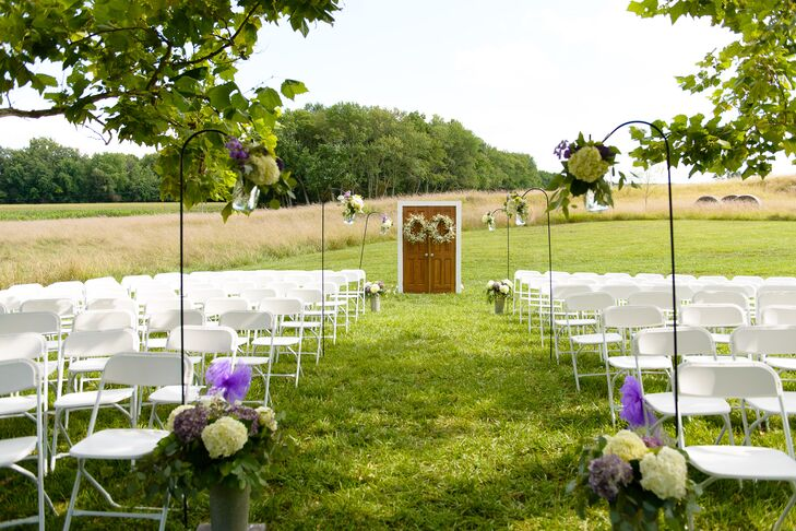 DIY Ceremony at Coffee Creek Ridge in Shelbyville, IN