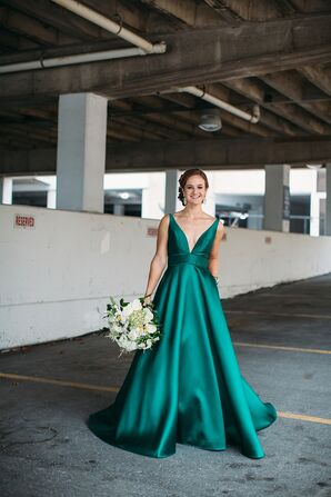 Bride in Emerald Dress for Wedding in St. Louis, Missouri