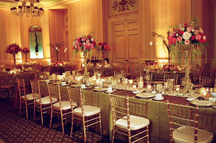 Elegant Gold and Pink Table Decor