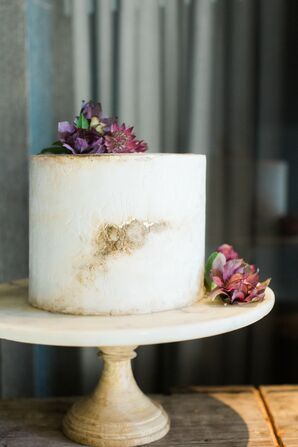 Modern Single-Tier Cake with Purple Flowers