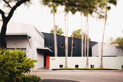 5226 Elm, A Modern Event Venue