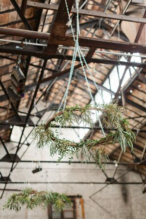 Rustic Hanging Décor with Greenery
