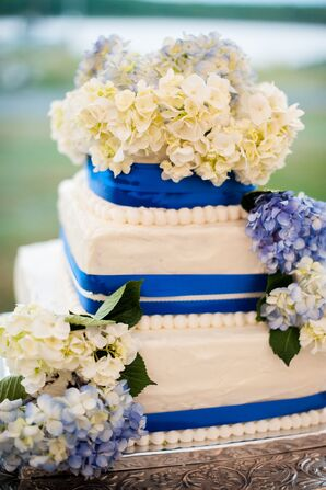 Hydrangea-Accented Ivory Buttercream Wedding Cake