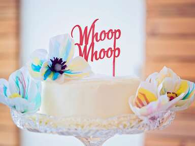 23 Word Cake Toppers to Give Your Cake Some Personality