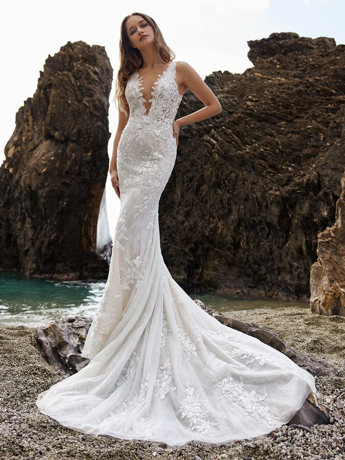 Ines by Ines Di Santo embellished sleeveless trumpet gown
