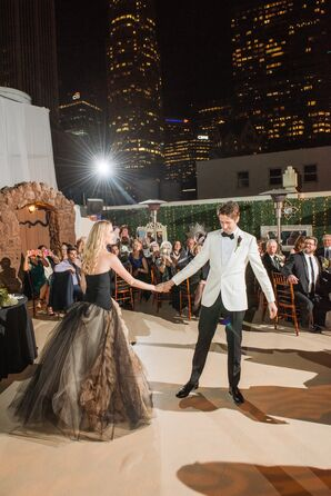Oviatt Penthouse Rooftop First Dance
