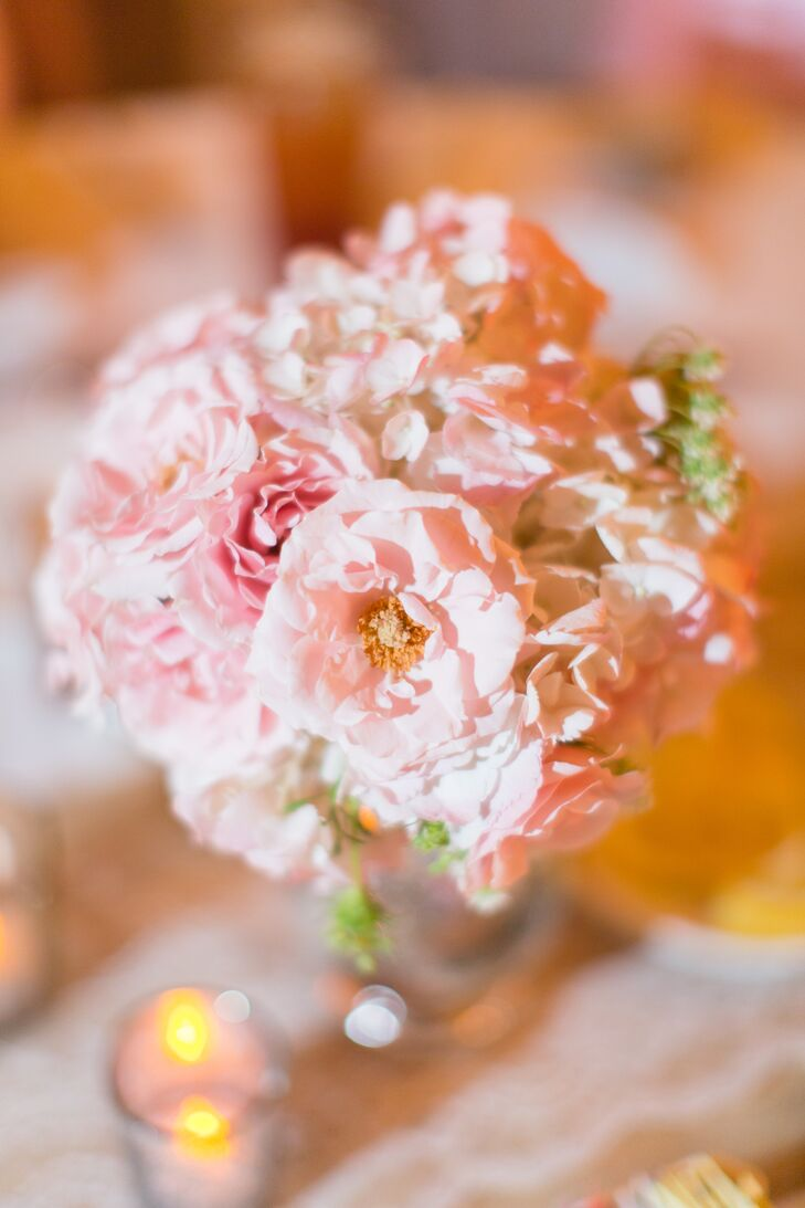 Mixed Pink Garden Rose Centerpiece